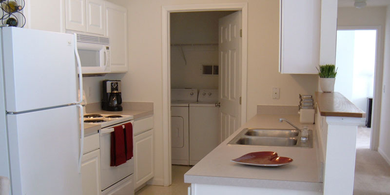 Kitchen | Villages at New Albany Park